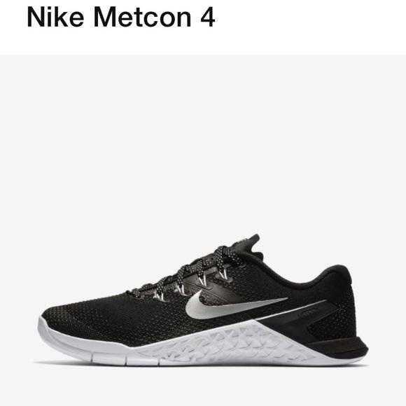 ed60feb80e3139 Nike Women s Metcon 4. M 5c05cfb07386bc7a0e4d5d09